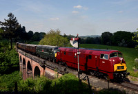 D821 / D832 1430 Bridgnorth - Kidderminster at Oldbury Viaduct on Saturday 19 May 2018